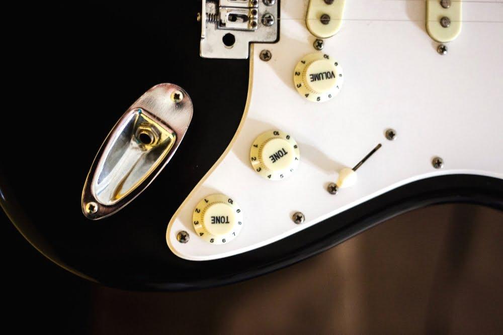 common-guitar-repair