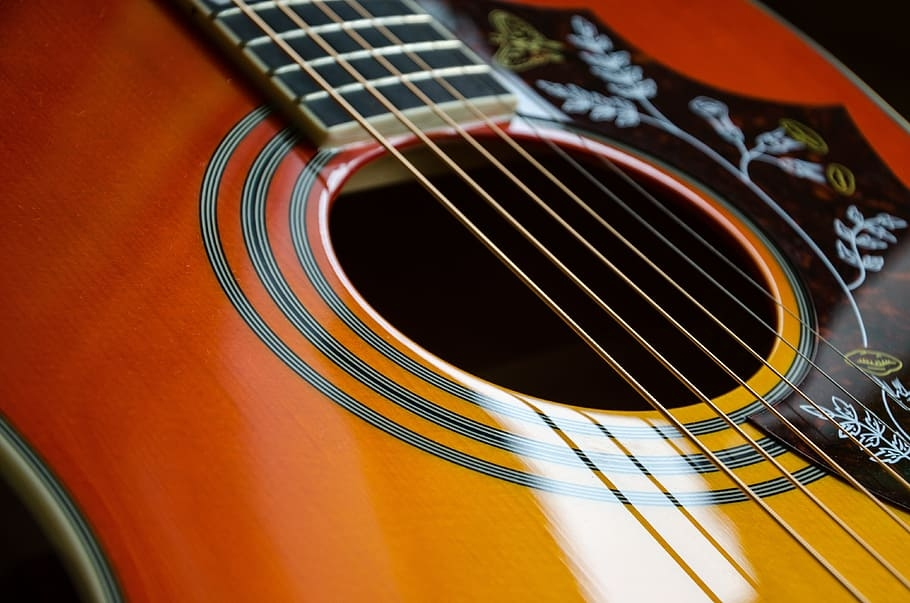 revive-a-dehydrated-acoustic-guitar