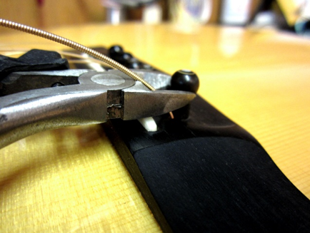 how-to-restring-an-acoustic-guitar